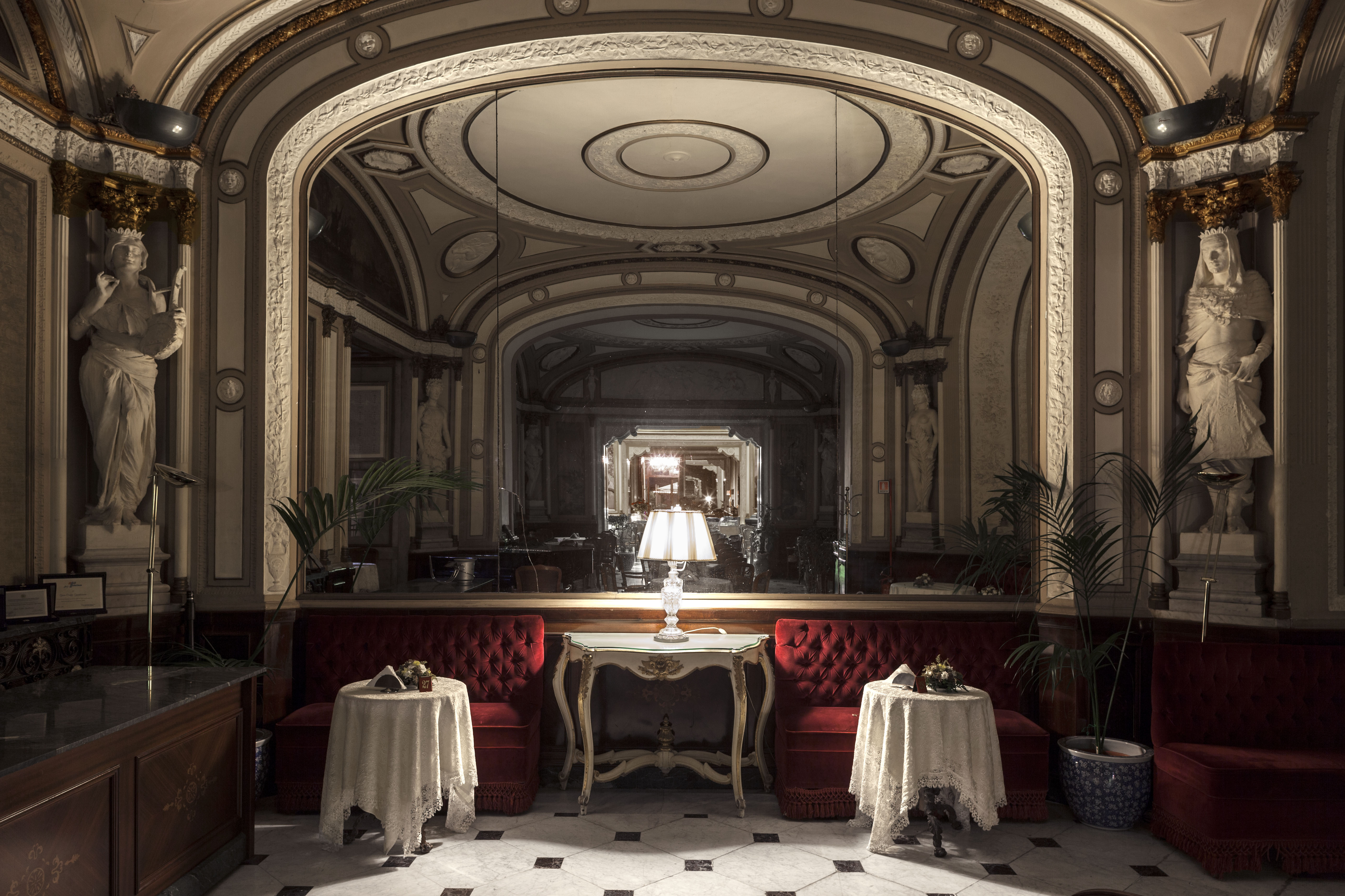 The legend of the ghost girl at the Gambrinus bar in Naples
