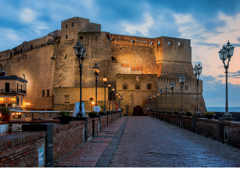 The most romantic places in Naples