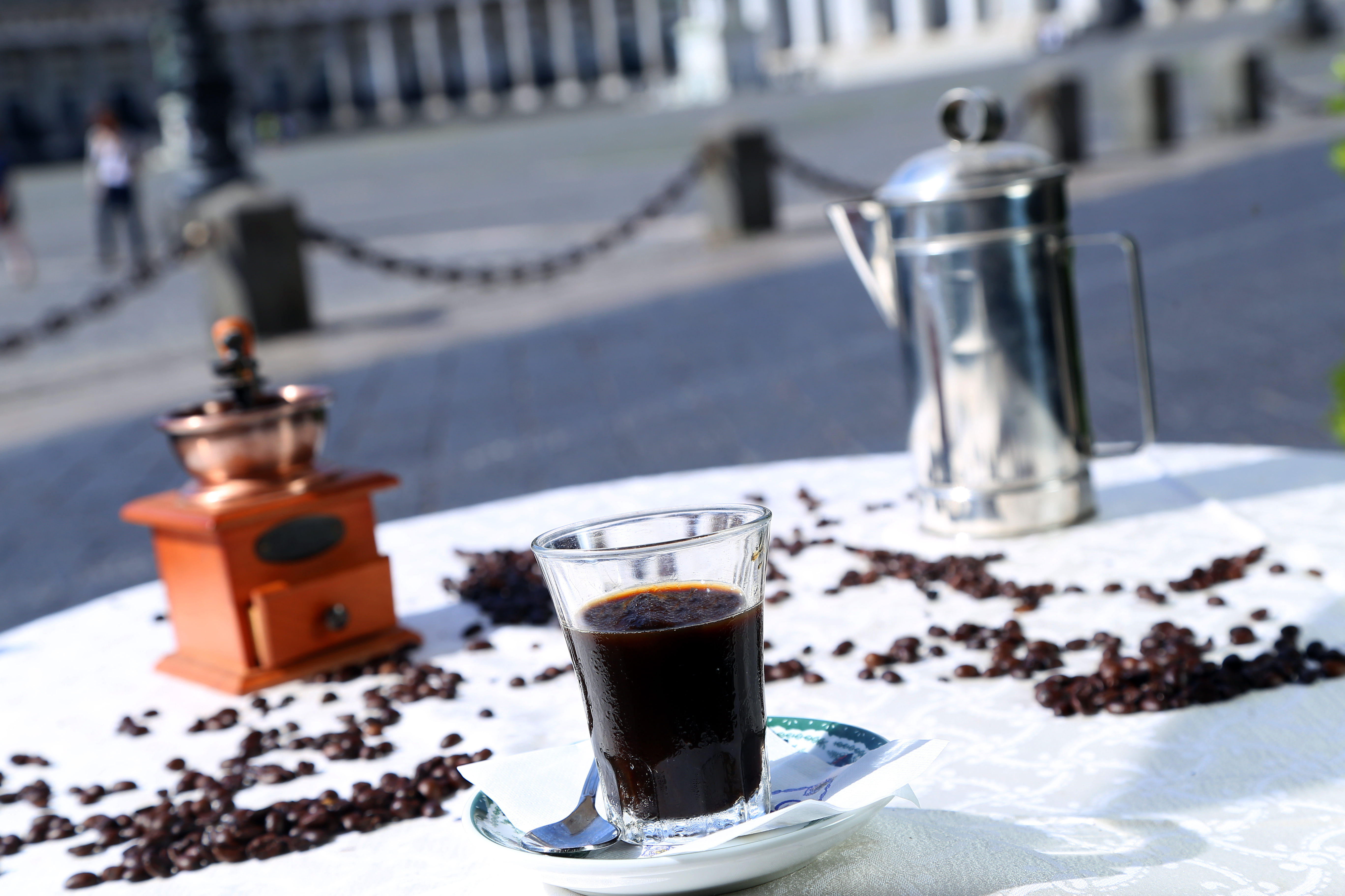 Il caffè napoletano va al mare