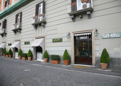 Gambrinus, Piazza Plebiscito