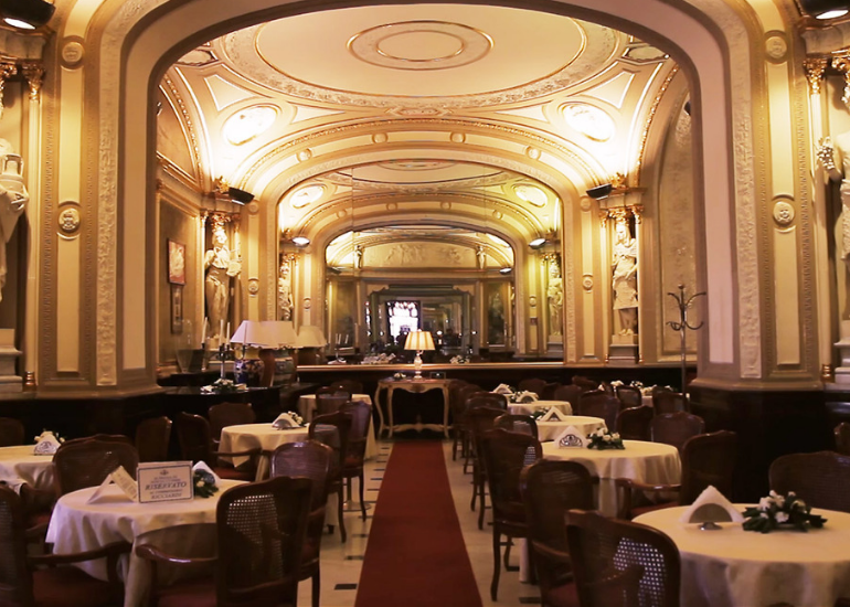 Poetry and literature at the Gambrinus