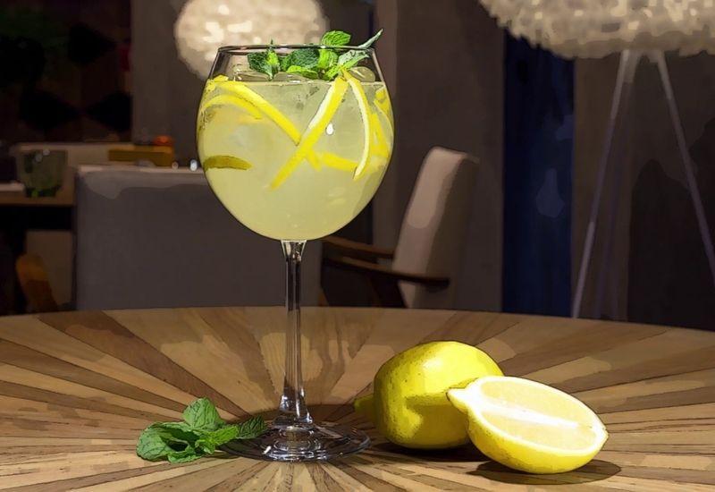 Limoncello Spritz: il nuovo cocktail ideato in Costiera Amalfitana