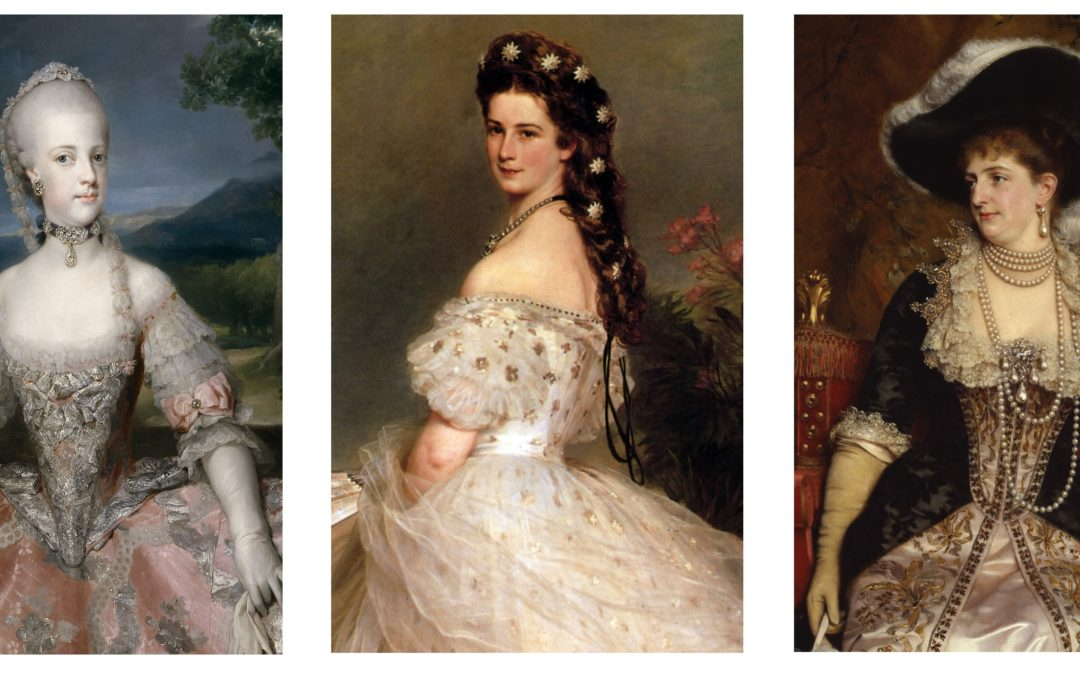 Three Queens for Naples