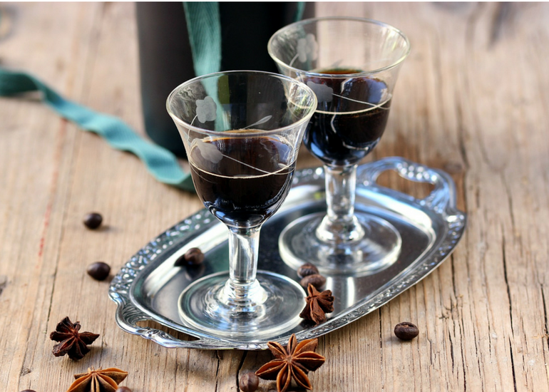 Coffee liqueur: history of an all-Italian success!