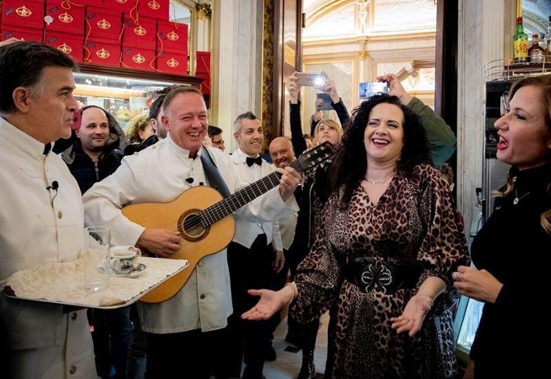 A surprise flash mob at the Gran Caffè Gambrinus!