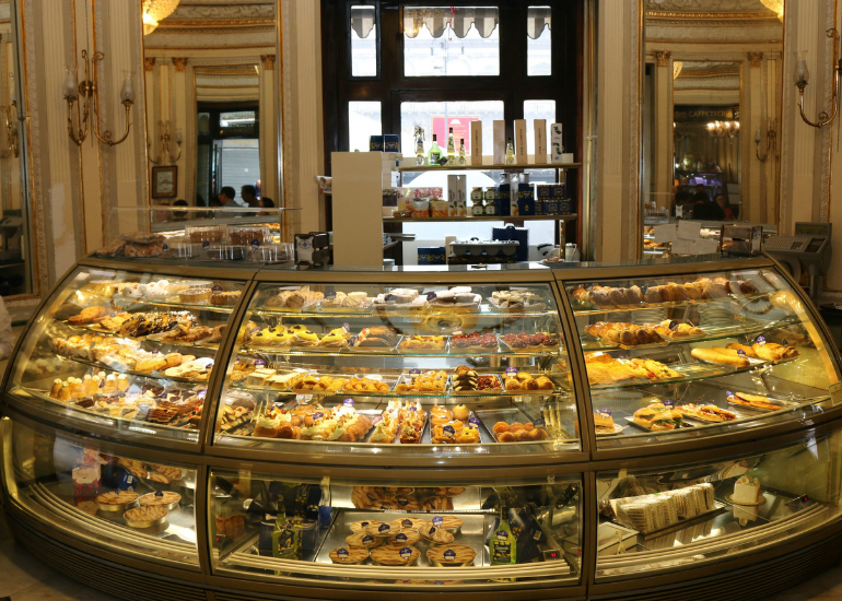 THE ANCIENT ART OF PASTRY