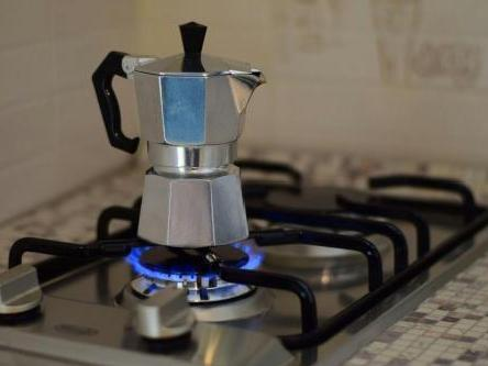 The secrets to cleaning coffee machines at home